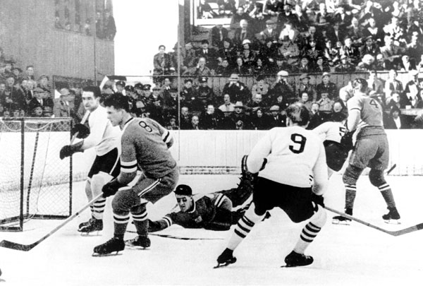 hockey_1936.jpg