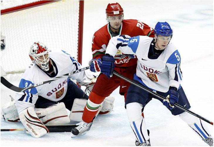 Zakharov&Kukkonen_2010.jpg