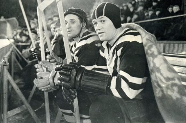 2 марта 1957 г.  Евгений  Бабич  и  Всеволод  Бобров..jpg