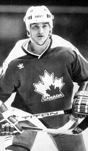 Звезда  турнира.  Марио  Лемье (Канада, Нападающий.).jpg