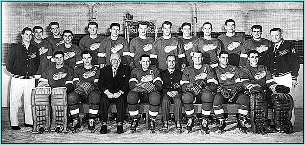 1952 г.    Обладатели Кубка Стэнли 1952 года -   Детройт Ред Уингз..jpg
