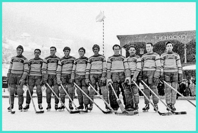 1938 год. ХК Давос (Швейцария) - обладатель Кубка Шпенглера..jpg