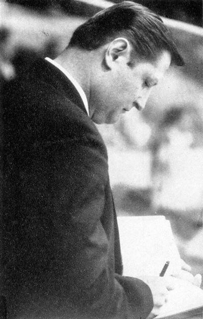 Тренер  сборной  ГДР   Йоахим  Зише..jpg
