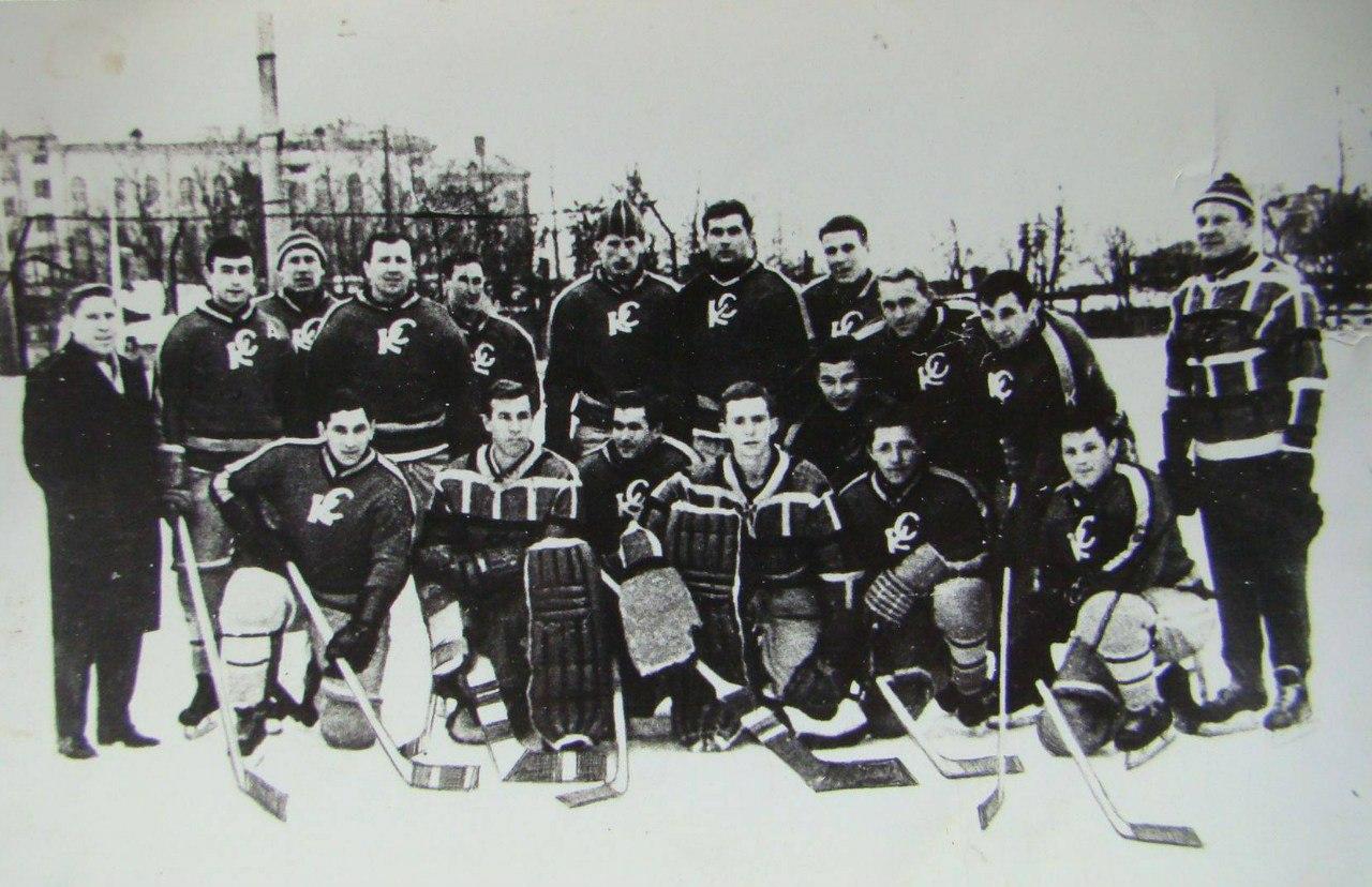 1963-64 г. Крылья советов..jpg