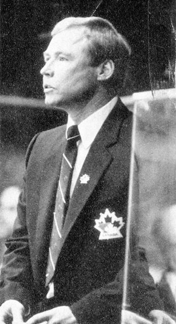 Тренер  сборной  Канады.  Дуг  Карпентер..jpg