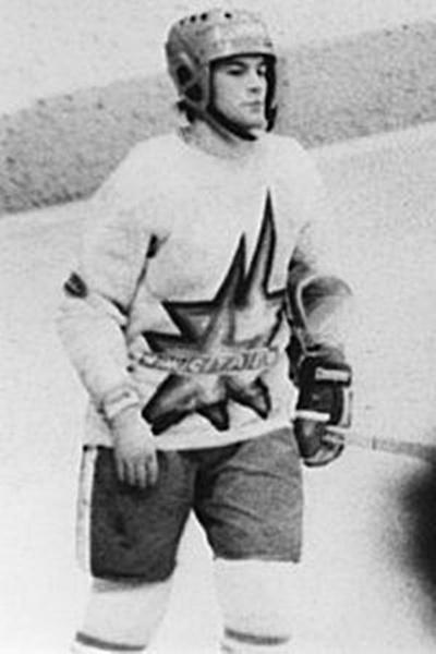 Нападающий команды СКА (Новосибирск) МОИСЕЕВ Сергей Рудольфович..jpg