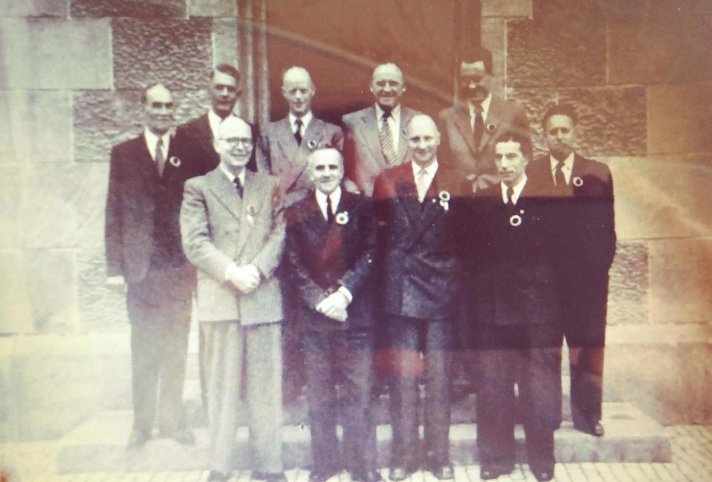 1947.,.jpg