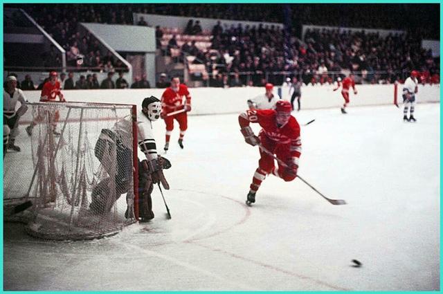 Август 1969 года, турнир на приз газеты  Советский спорт. Ленинград, матч  Динамо  Ленинград - Сборная Канады   2 - 7..jpg