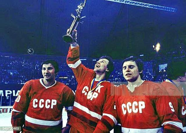 В.Третьяк,  В.Фетисов  и  В.Крутов..jpg