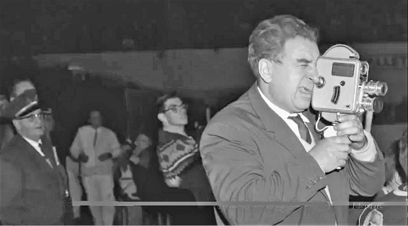 Tarasov.filming! Toronto-1957..PNG