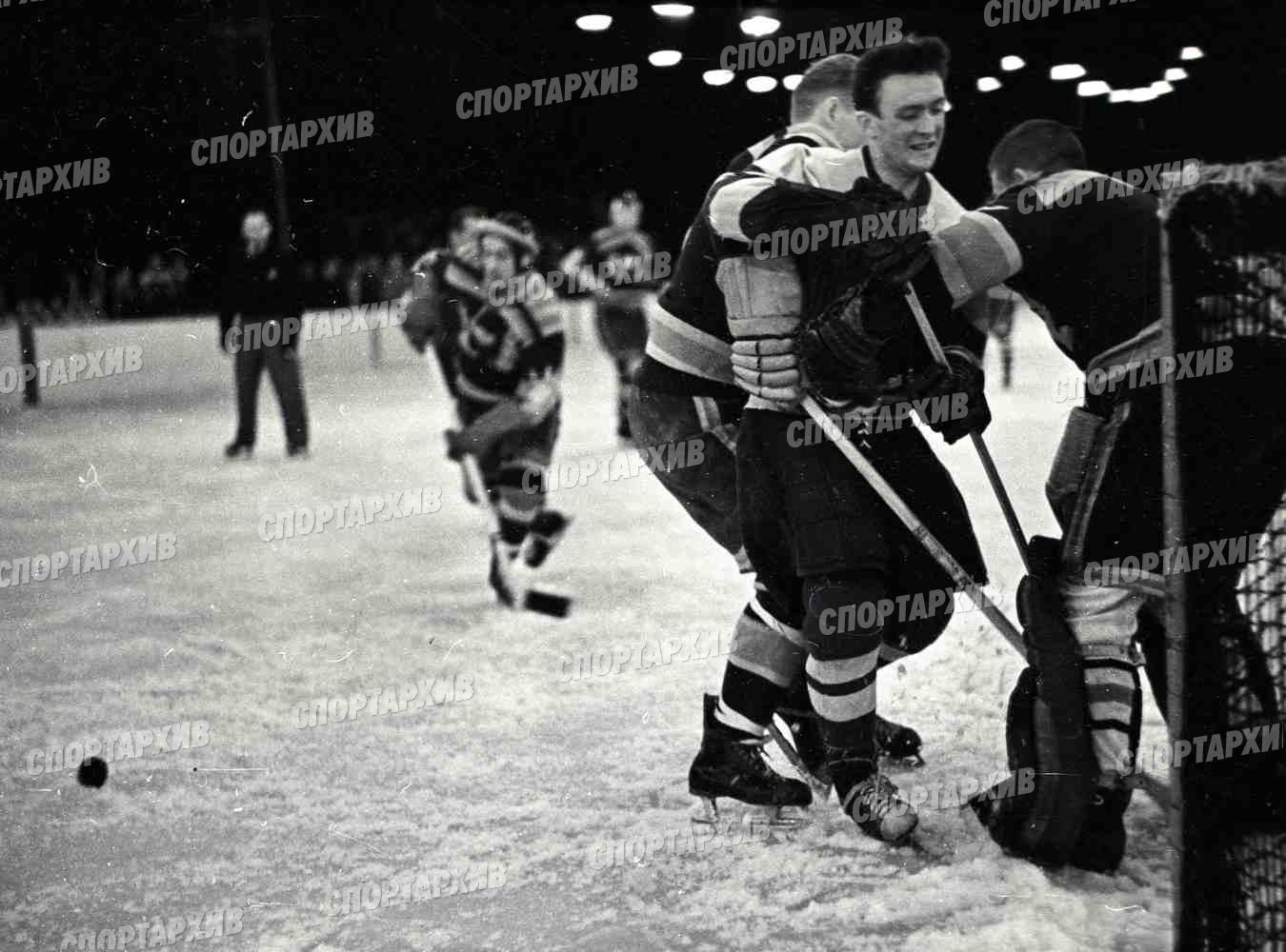 Стриганов 05 Свенссон Ч-врат 1959-03-02 Динамо М-Сб Юргордена и Седертелье Швеция.jpg