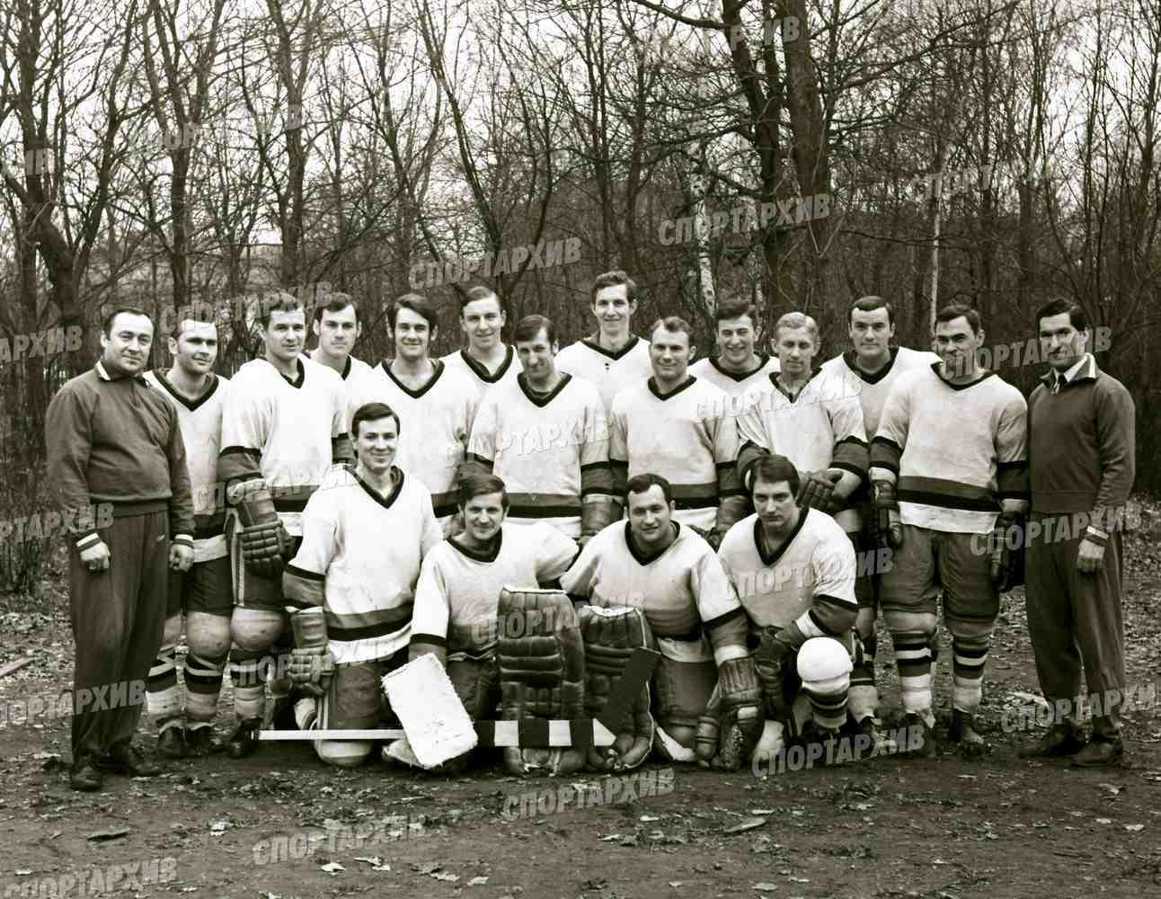 Локомотив 03 - победитель 1й лиги чемпионата СССР 1971-04 см список 1.jpg