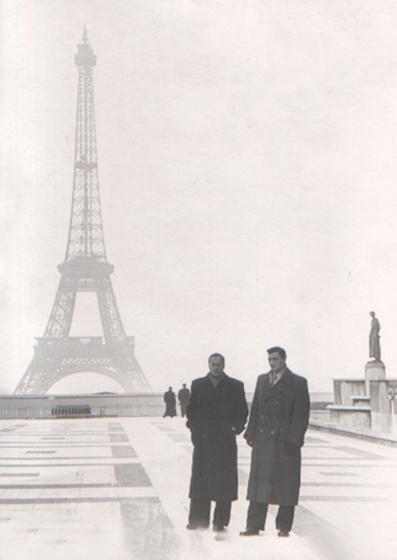 Виктор Шувалов и Виктор Никифоров Парих 1955.jpg