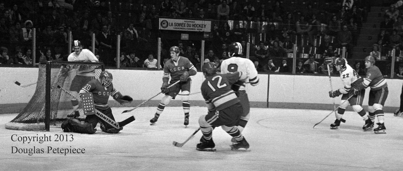Montreal Juniors vs Soviet Selects, Dec. 1974 4.jpg