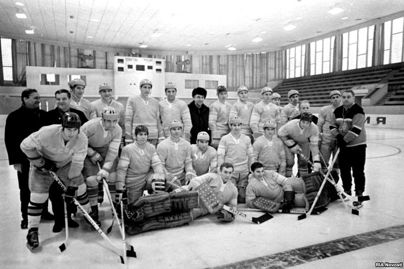 Сборная СССР 1972 Перед Олимпиадой.jpg